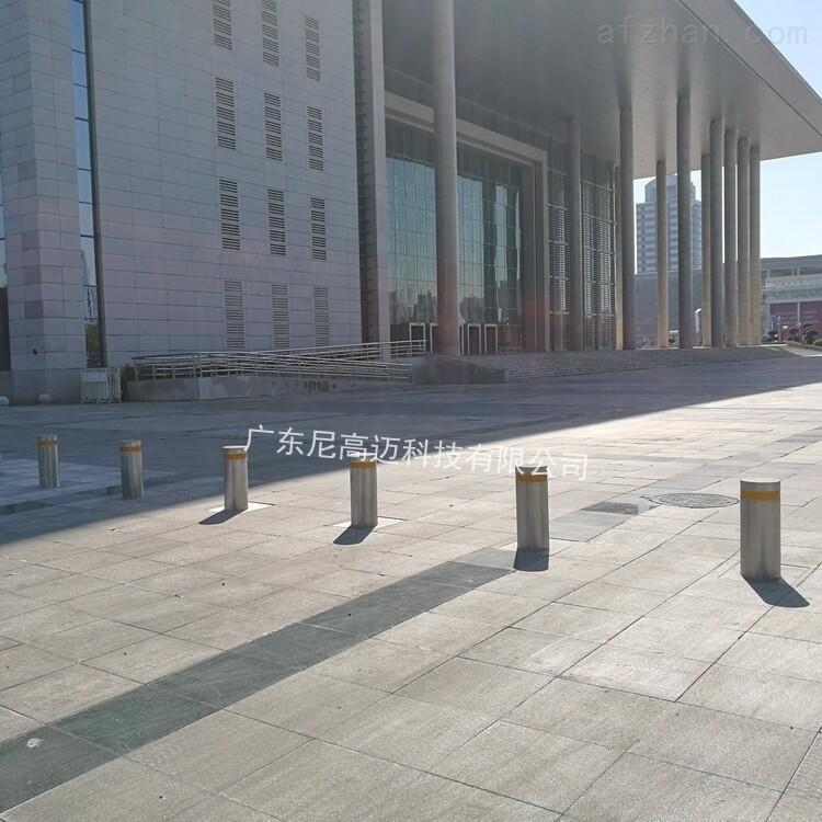 东莞会议中心防冲撞不锈钢电动伸降路桩柱