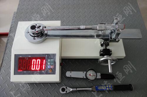 力矩扳手测定仪图片